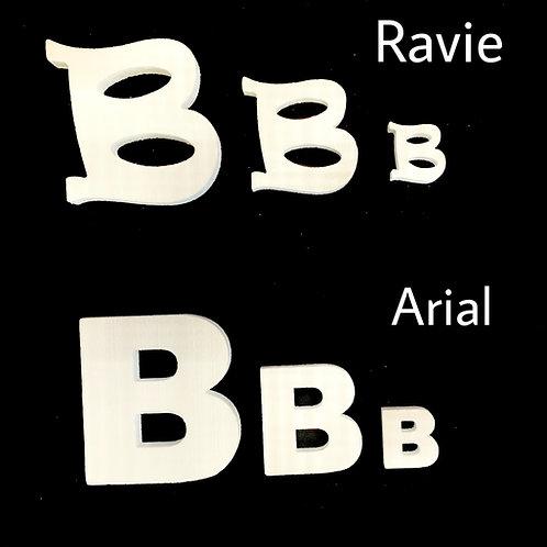 Letra B Tipografia ARIAL o RAVIE
