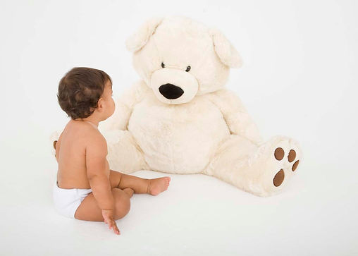 Bambino e orsacchiotto
