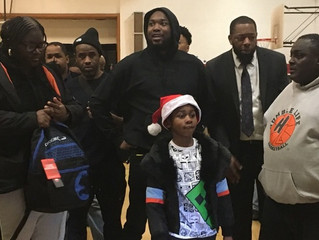 Meek Mill hosted holiday giveaway for over 3,000 Philadelphia children