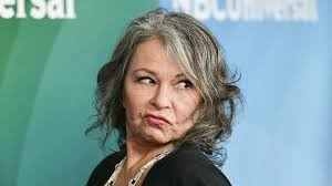 Roseanne Barr apologizing for racist tweet