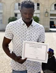 Migrant granted French citizenship after rescuing child from Paris balcony