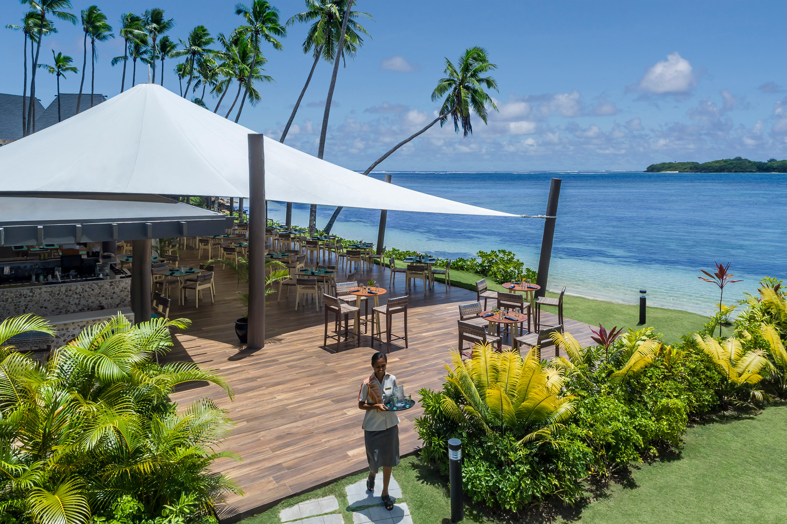 Shangri-La's Fijian Resort & Spa - Beach