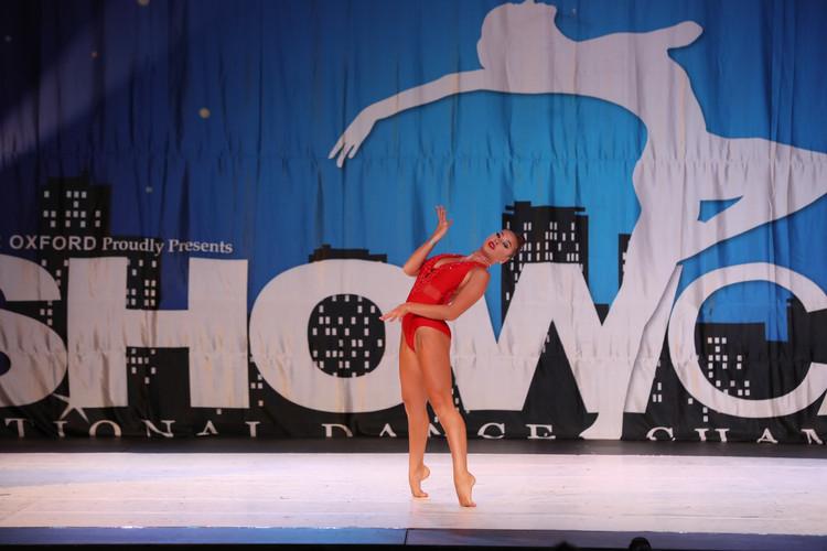 Dance Off Presenior 3 Kiyana davis-dance