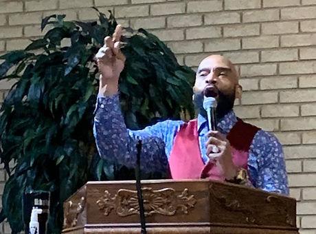Bishop preaching.jpg