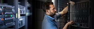 Gerenciamento e monitoramento de ativos de rede, servidores e aplicações
