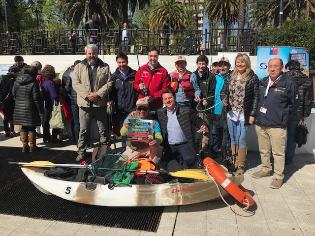 Municipios ribereños lanzaron temporada de pesca recreativa del salmón chinook del Río Toltén