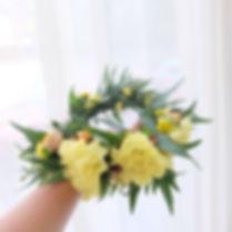 มงกุฎดอกไม้สด