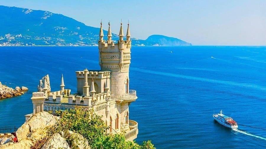 Сборы на берегу черного моря на майские праздники