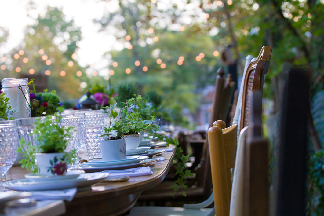 backyard lunch decor photography by Calen Rose