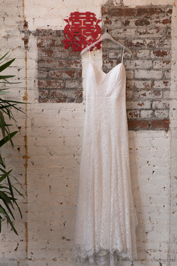 501 Union Brooklyn Wedding. Photography by Calen Rose. Rebecca Schoneveld Schone Bride
