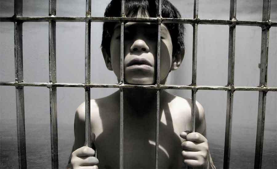 Οι φυλακές της παιδικής μας ηλικίας