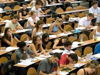 Ο Δήμος Νέας Σμύρνης δίνει 200€ σε πρωτοετείς φοιτητές