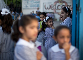 Η πρώτη μέρα στο σχολείο ανά τον κόσμο - Εικόνες
