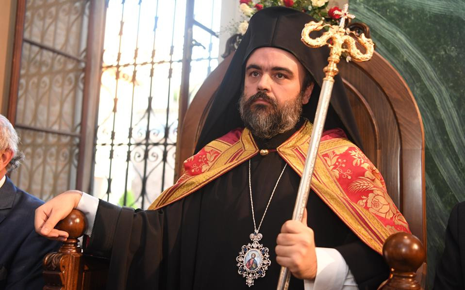 Mαζί με το όνομα πήρε τη δύναμη του βλέμματος και τη σύνεση του Πατριάρχη ο Σμύρνης Bαρθολομαίος.