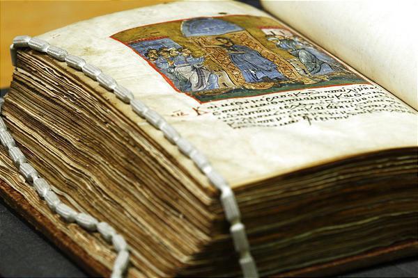 Αρχαία χειρόγραφα από τον Άθω