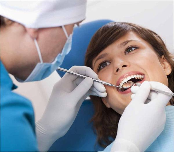 Οδοντίατροιστη Νέα Σμύρνη