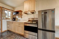 Room 9 kitchen (3)