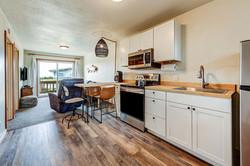 Room 11 kitchen (2)