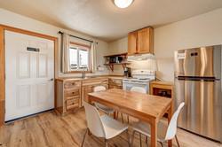 Room 7 kitchen 2