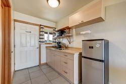 Room 10 kitchen