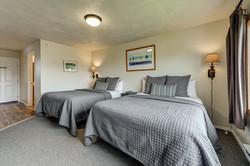 Room 15 bedroom (2)