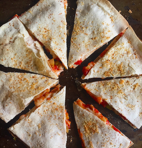 Tortilla Pizza-Pie – For Breakfast!