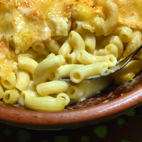 Oozy Oven-Baked Mac n' Cheese