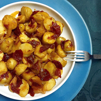 Baby Potatoes with Caramelized Onions & Pastrami