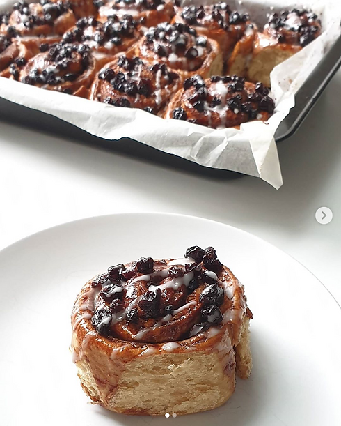 Vegan Chelsea Buns baked by _Itmilinery.
