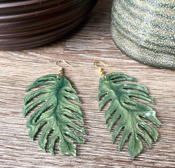 Green Shimmer Monstera Leaf Drop Earring