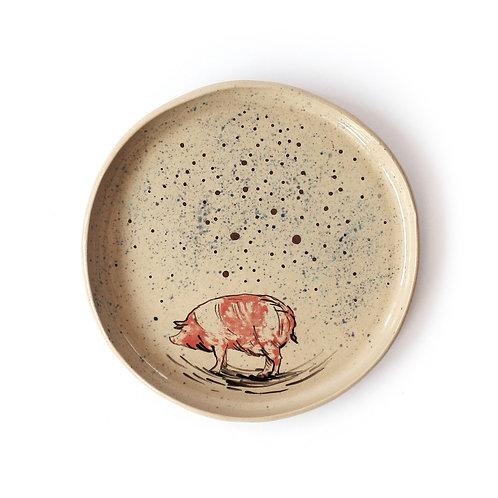 Talerz - świnka na horyzoncie