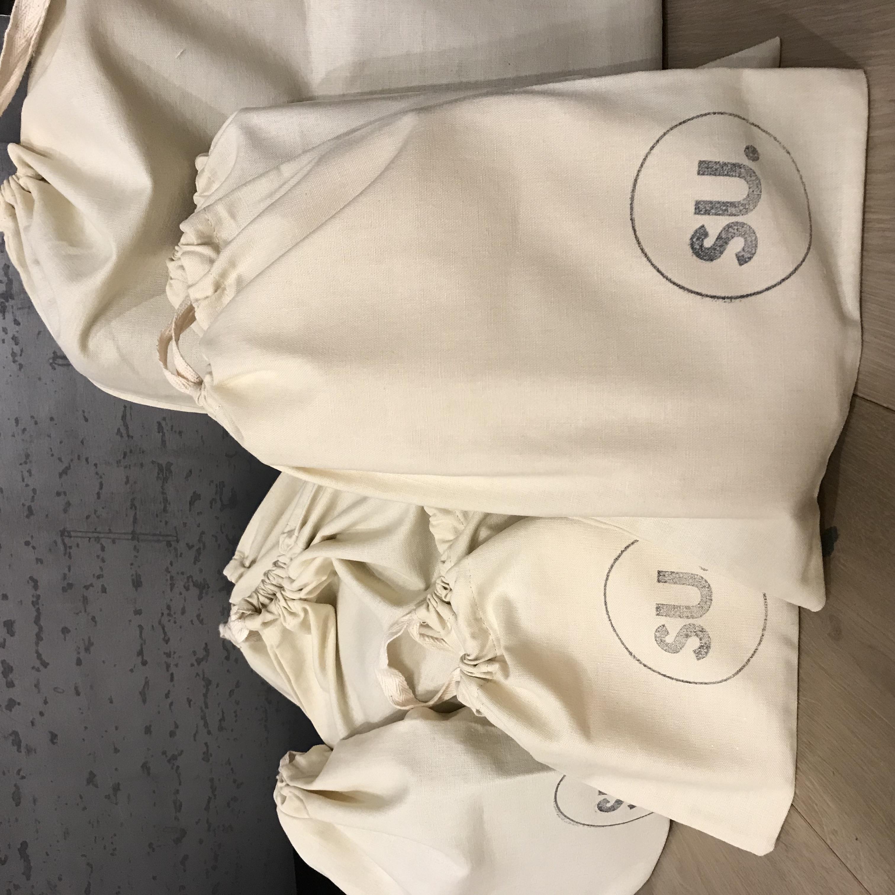 SU. Dustbag Branding