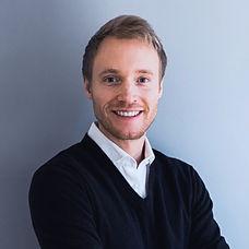 Profilbild Jakob Hansen. Co-Founder von Sparrks.