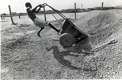 Pedreiro_NovaHolanda-1991.jpg