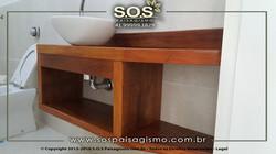 Armario Rustico de Madeira