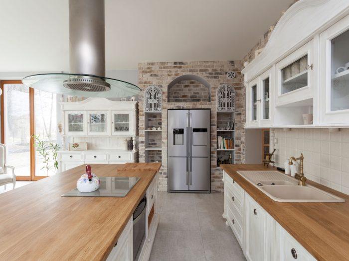 Hickory_Kitchen2048x1536-700x525