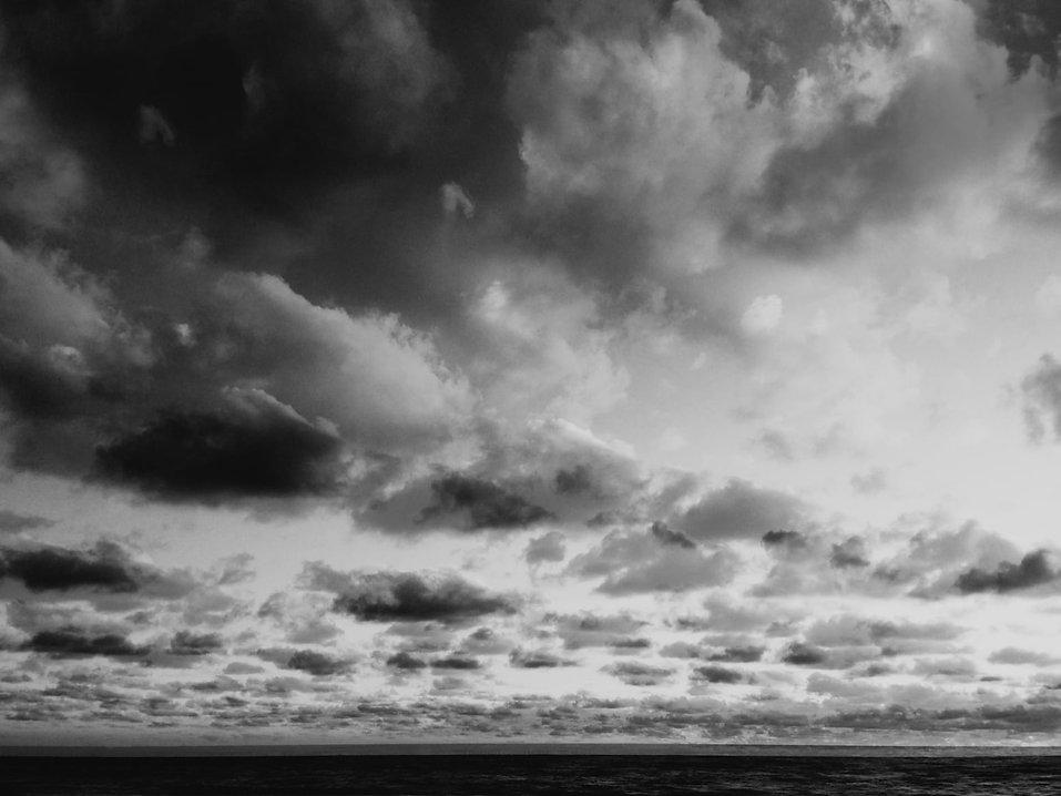 ©2021helenajansz-Wolkenlucht IV_0.5x.jpg