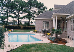 True-L liner pool 3