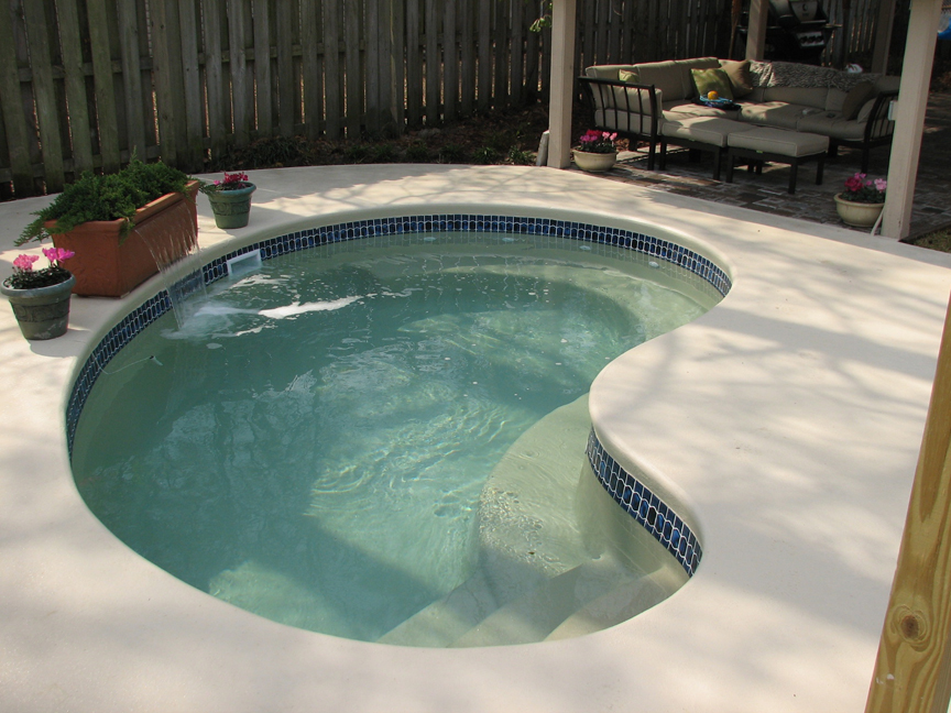 Patio pool 1