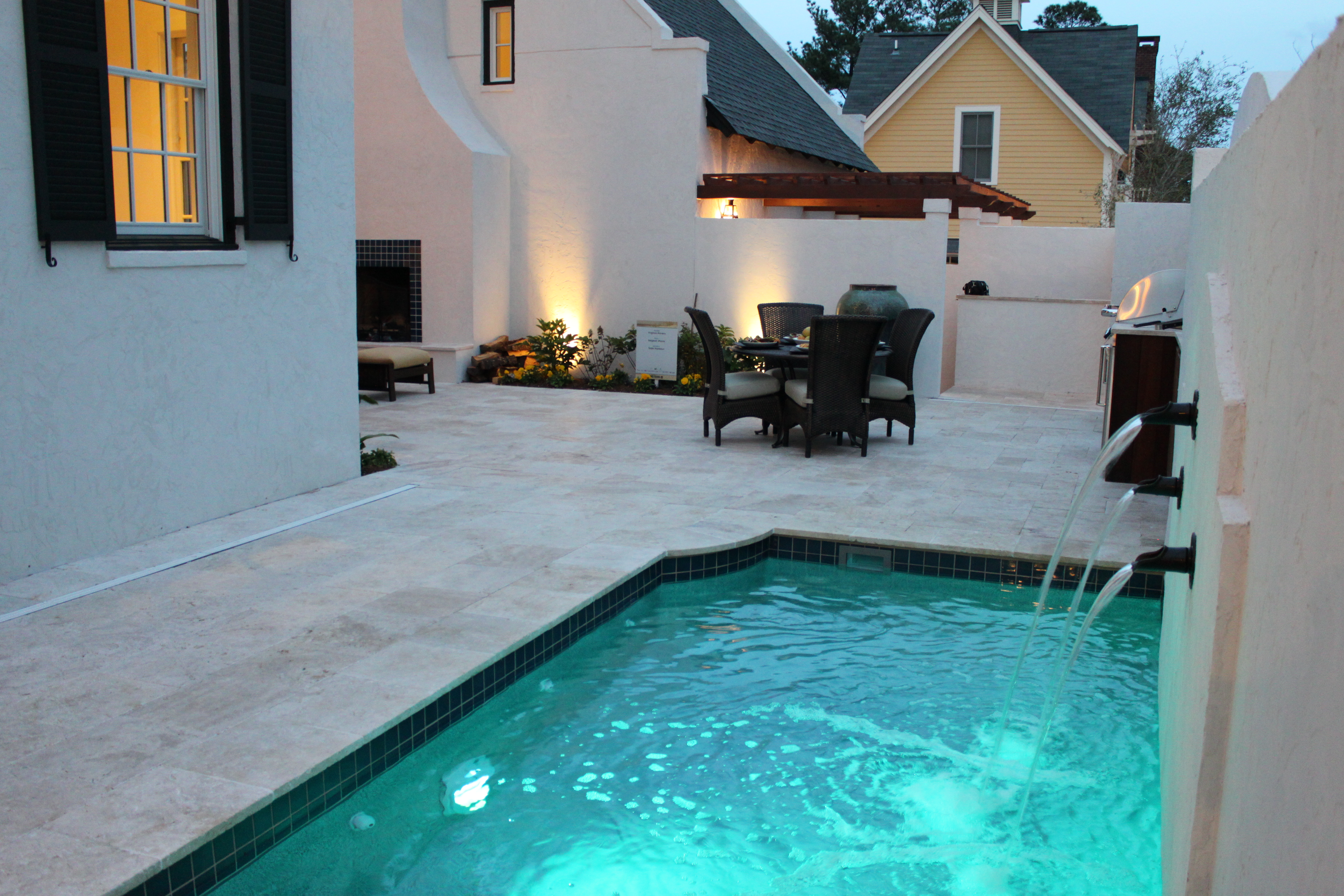 Patio pool 3a