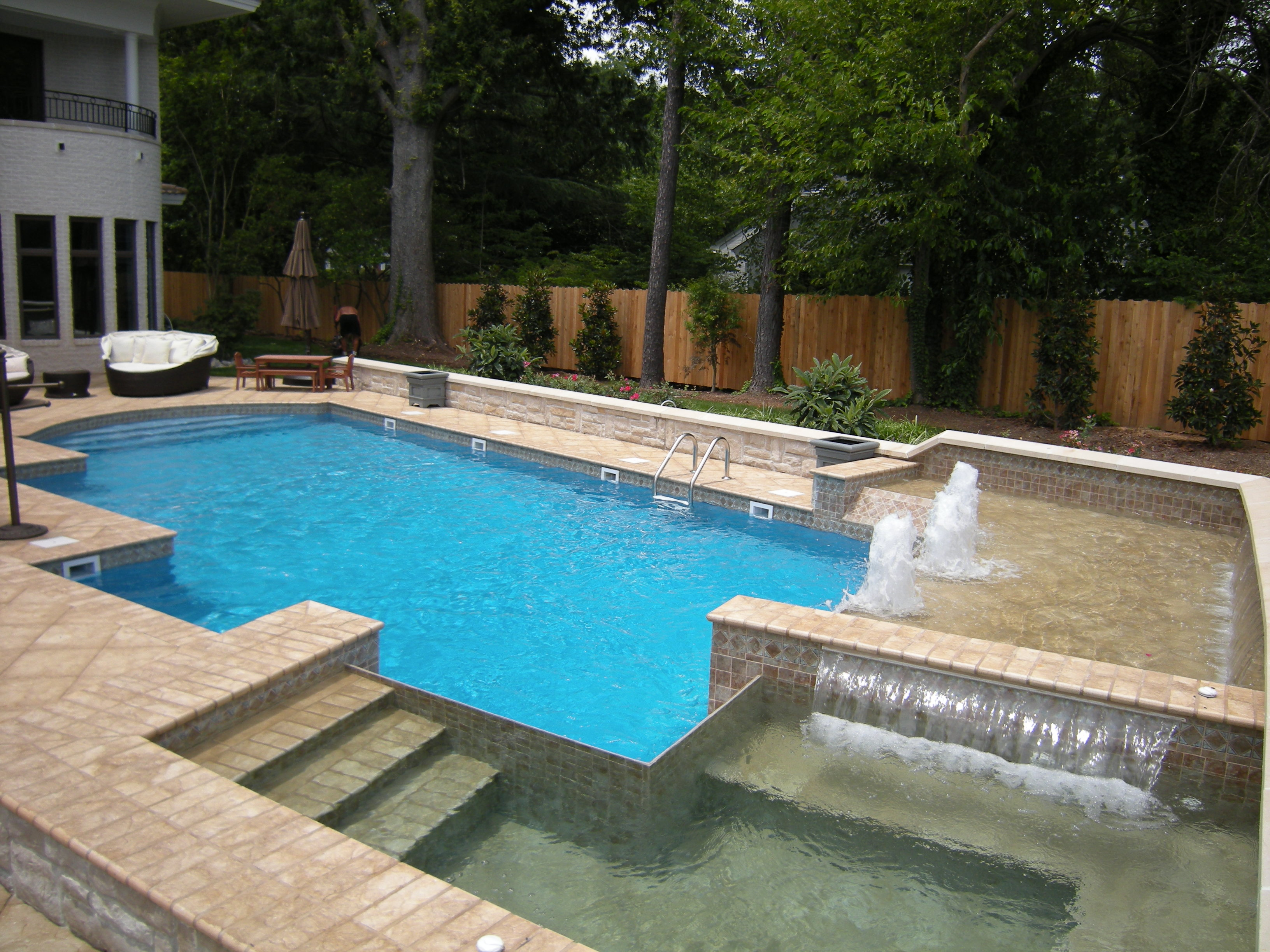 Geometric Liner pool 4