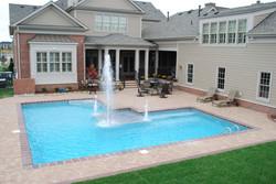 True-L liner pool 4