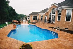 Classic liner pool 1