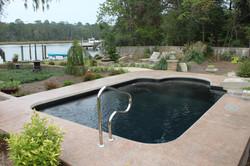 Fiberglass pool single roman