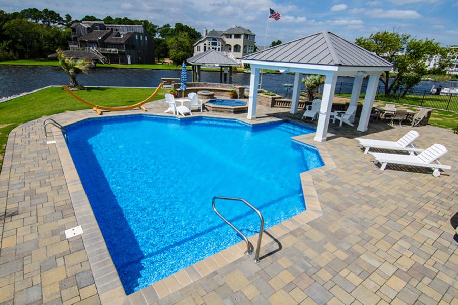 geometric liner pool 6