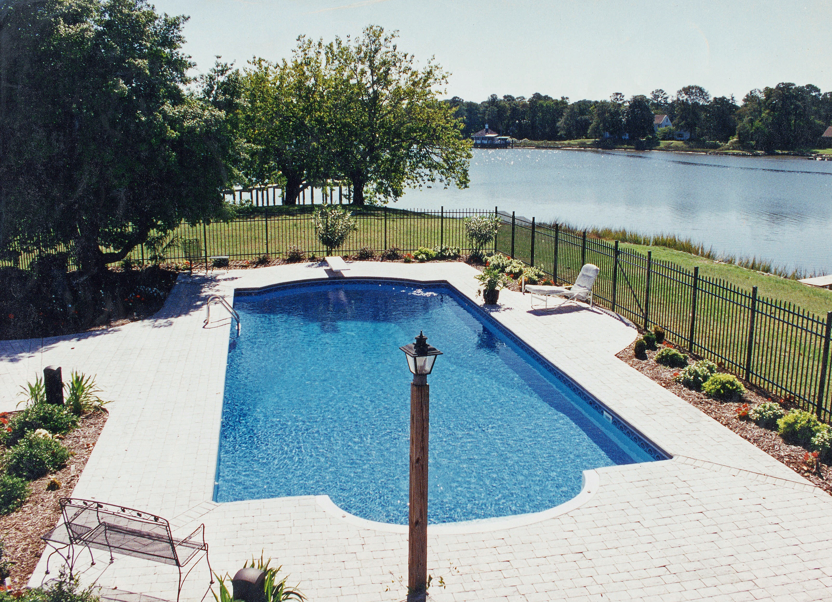 Roman liner pool 4