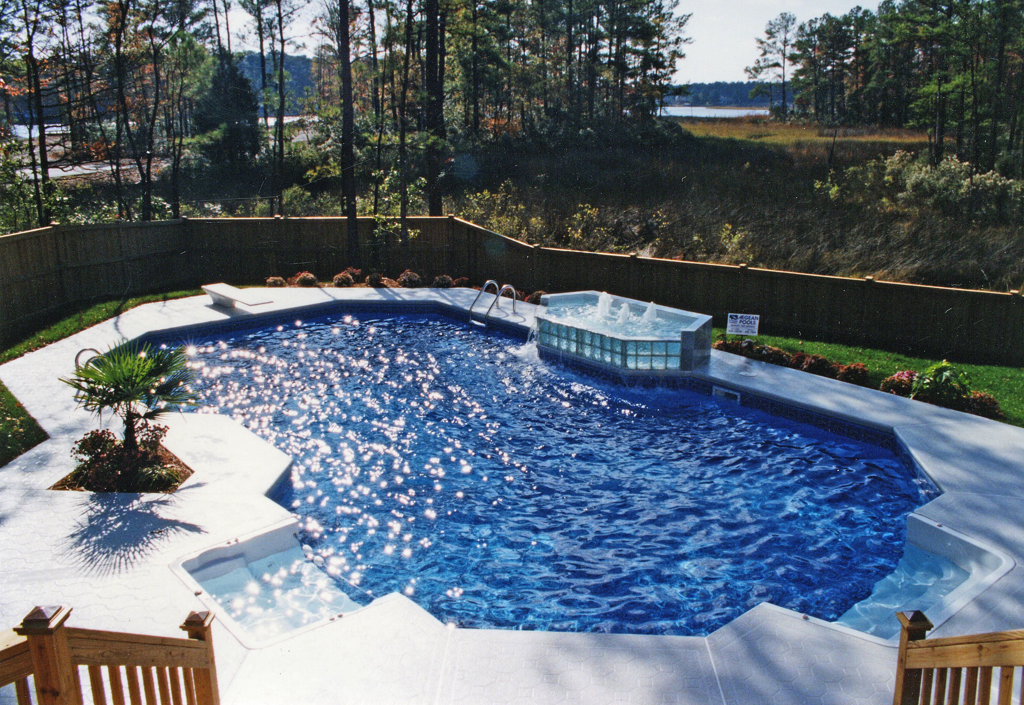 Classic liner pool 2