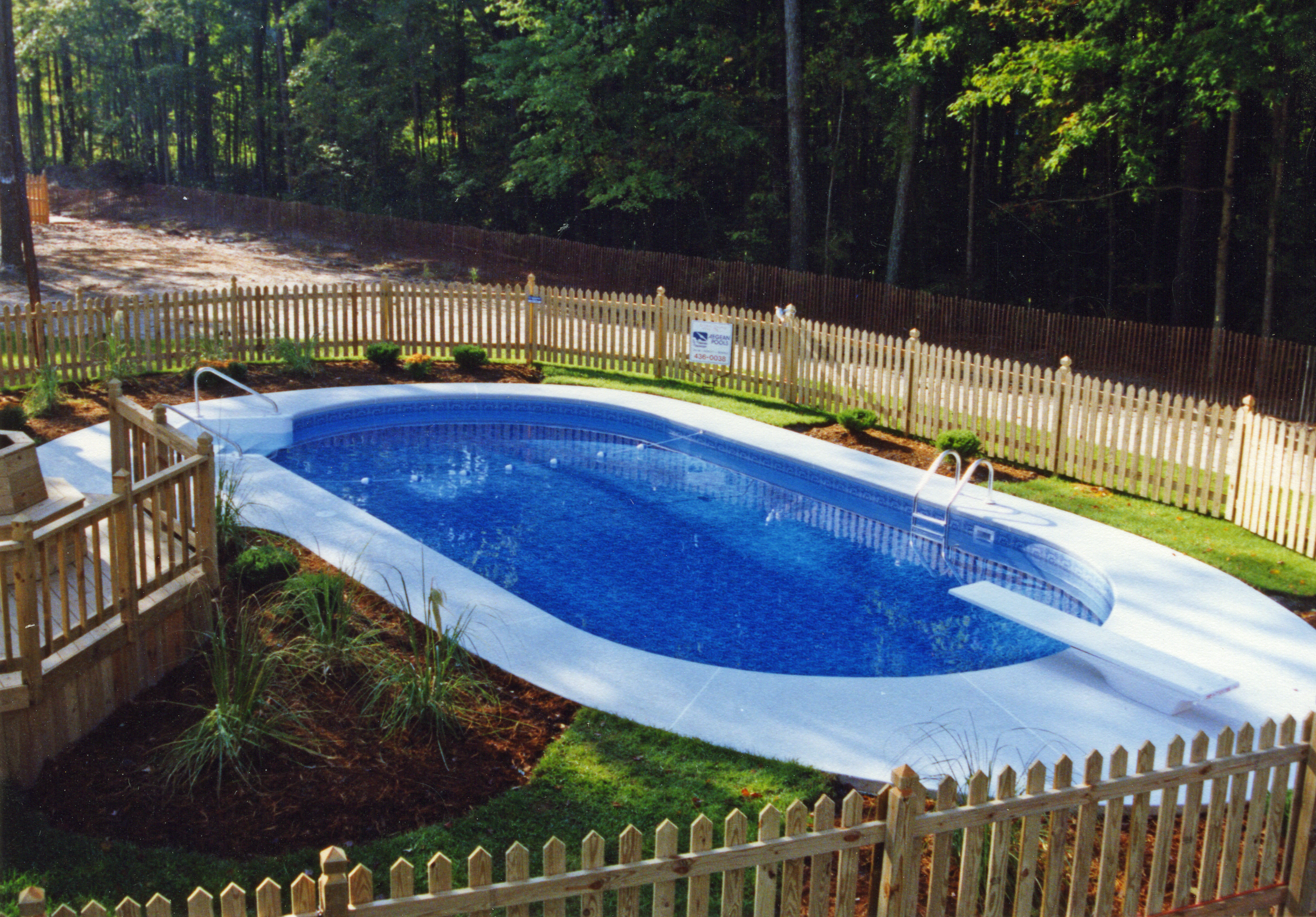 Oval liner pool 1