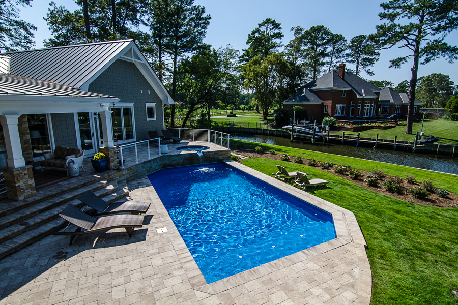 geometric liner pool 7