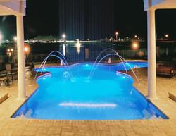 Freeform liner pool 2a Vanishing Edge